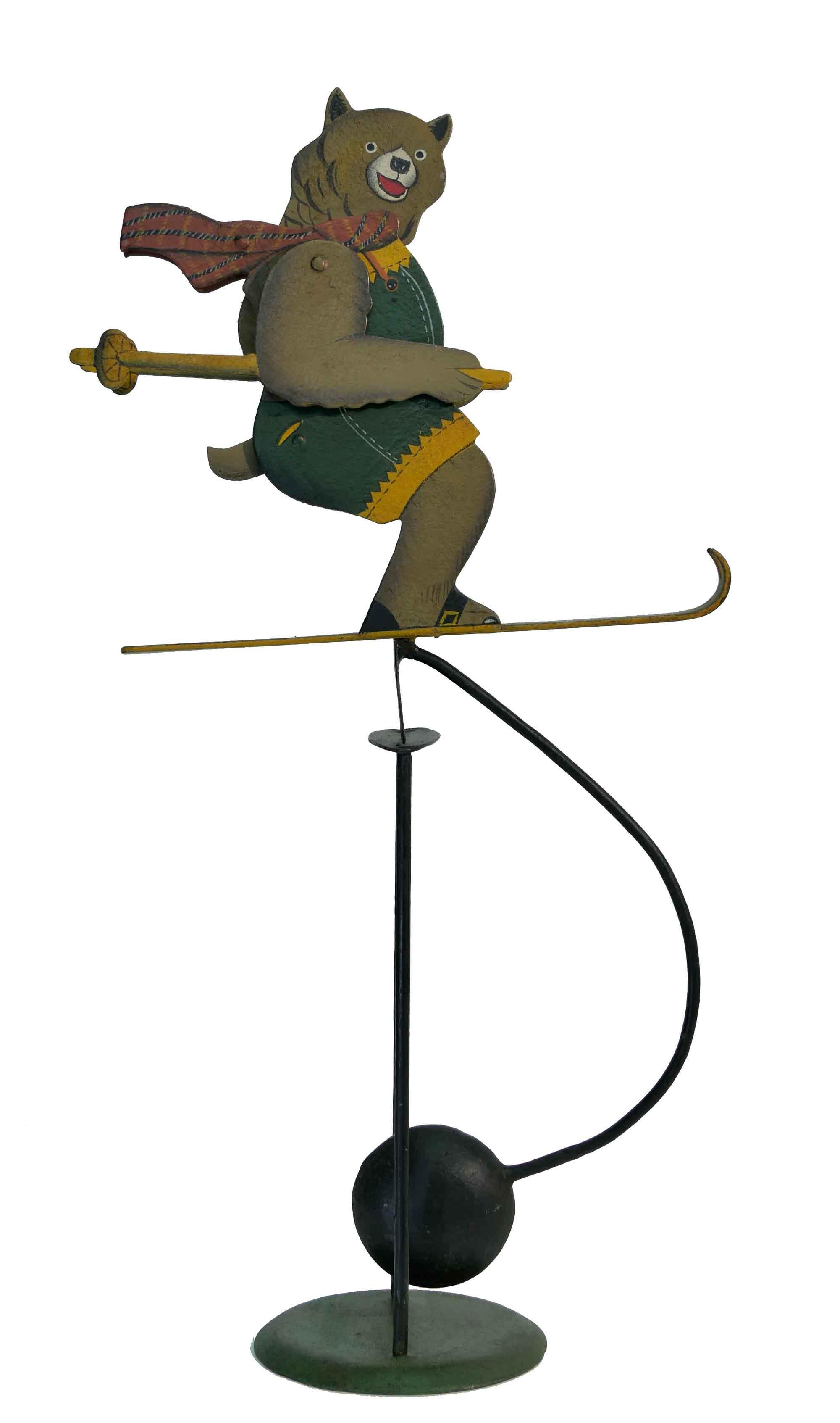 Balance Figur Teddybär auf Ski